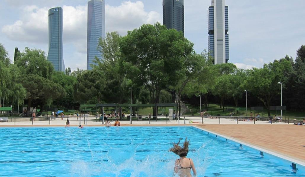El 13 de mayo abren las piscinas de madrid madrid secreto for Las mejores piscinas municipales de madrid