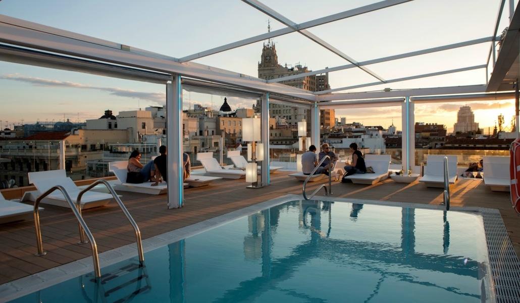 Terrazas Con Piscina En Madrid Refréscate Desde Las Alturas
