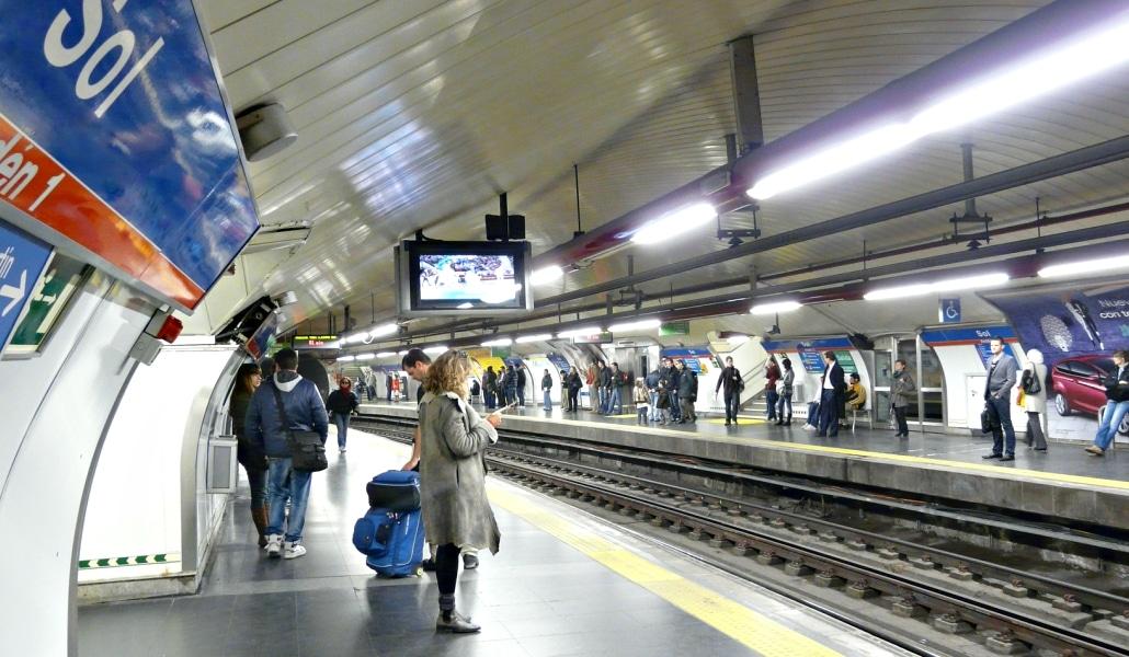 Metro tendr nueva oficina de objetos perdidos madrid secreto - Oficina de objetos perdidos ...