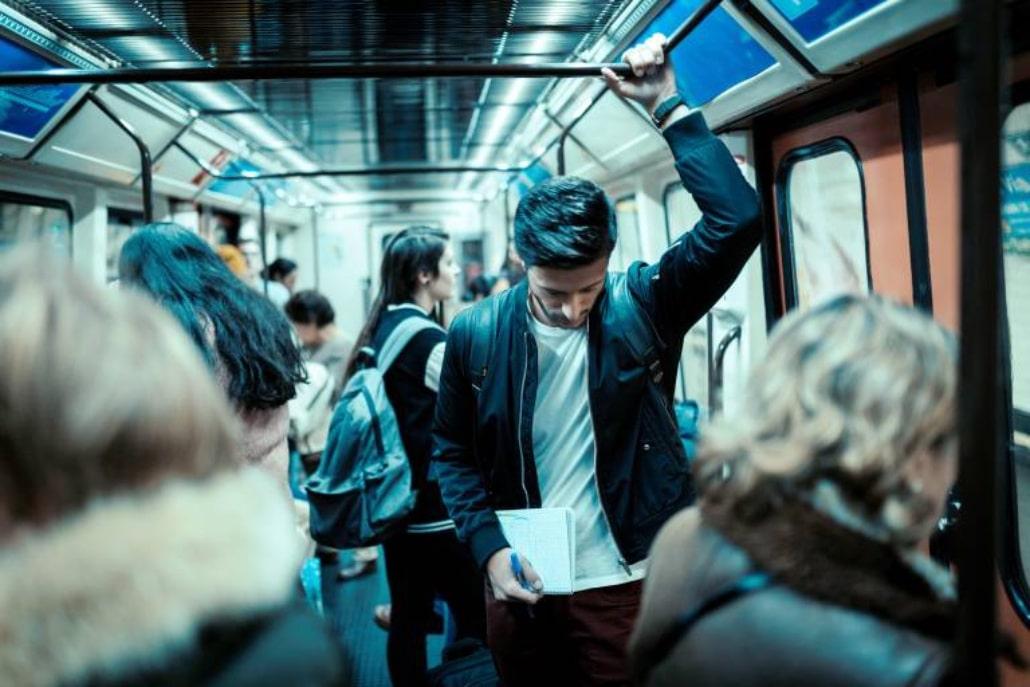 Metro de Madrid está lleno de personajes y este Instagram lo demuestra